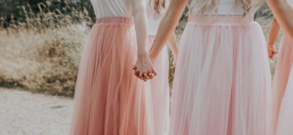 mujeres con faldas de tul