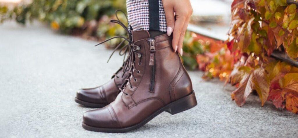 botines de cuero marrón